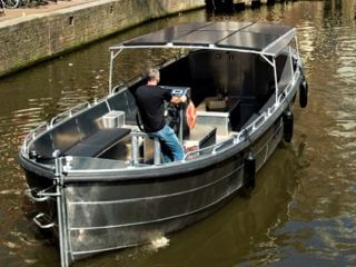 Cheap Open Boat Tour Amsterdam with Sloepvrienden