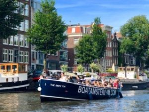 Boat amsterdam canal tour