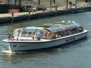 Cheap Amsterdam Canal Tour Plas